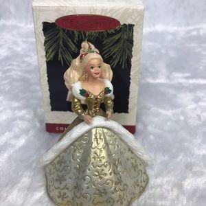 Hallmark Barbie 1994 vintage holiday collector